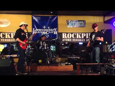 Smokey's Place ROCKPILE 1/21/14 PART 1