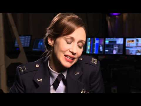 Source Code - Vera Farmiga On Duncan Jones