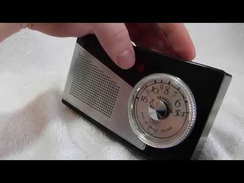 1958 Phillips Norelco L1X75T/54 transistor radio (made in Holland)