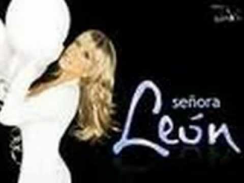 Laura Leon Suavecito