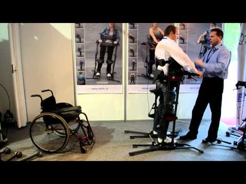 Paraplegics - Standing up from wheelchair
