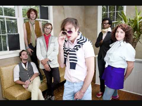 Of Montreal - Natalie And Effie In The Park