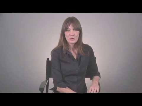 Carla Bruni dit non à l'intimidation