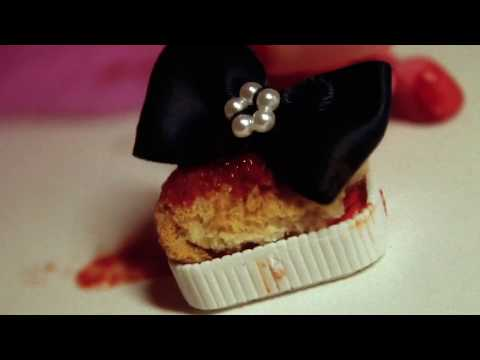 Lps: Mrs Brooke's Blood Bakery (Halloween special) thumbnail