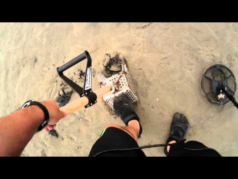 Salt Water Beach Ocean Metal Detecting Hunt Fisher CZ21