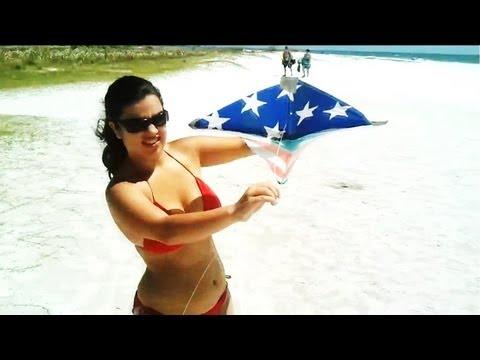 THONGS AT THE BEACH!!! (Vlog - 83 - Siesta Key)