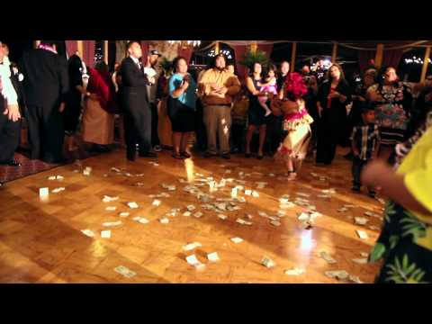 O Le Taualuga Samoan Dance