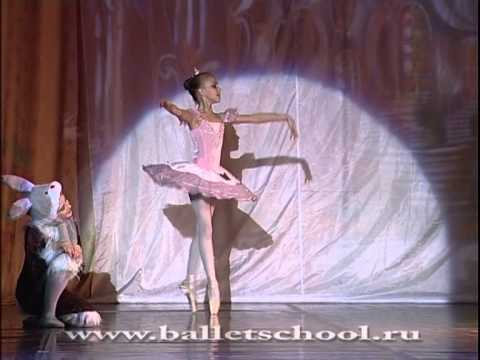 Nutcracker. Sugar Plum Fairy variation. Lada Sartakova (10 years age ballerina). October 21, 2012 Music Videos