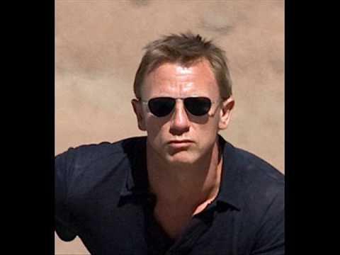Irigy Hónaljmirigy - Én Vagyok James Bond
