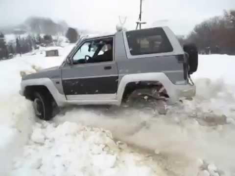 Daihatsu Feroza vs Isuzu Vehicross