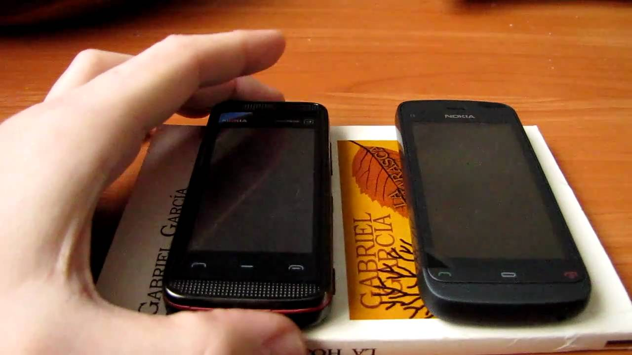 Nokia 5530 vs Nokia C5-03 - YouTube
