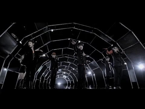 AAA / PARTY IT UPMV short ver.
