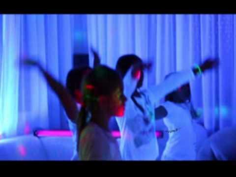 uv party-Így bulizunk mi
