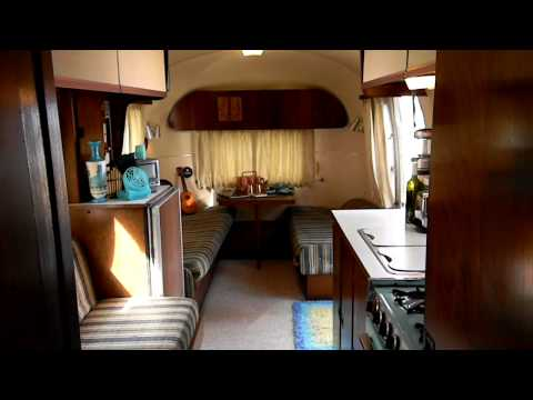 1967 Airstream Safari International (SOLD 5/20/11): interior walk-through