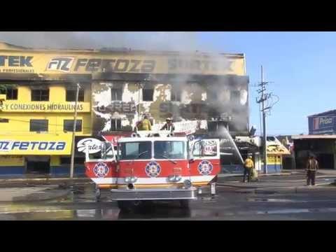 Fuerte incendio paraliza Culiacán