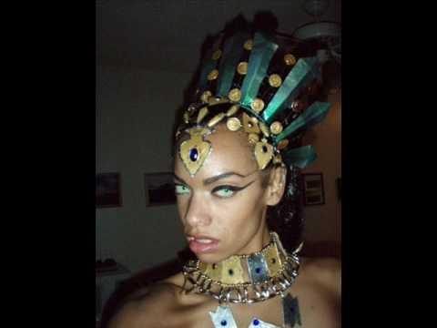Aaliyah's Akasha Queen of The