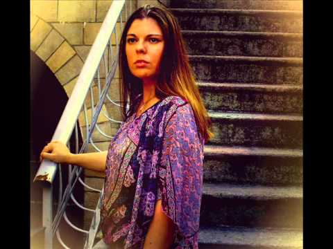 Vanessa Paradis - Le Bon Dieu Est un Marin