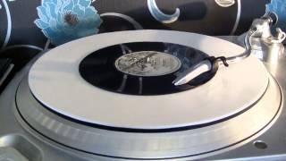 Watch Ivor Biggun Bras On 45 video