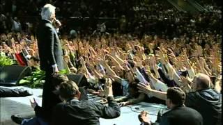Pastor Benny Hinn Releasing Power on the Youth - Kiev