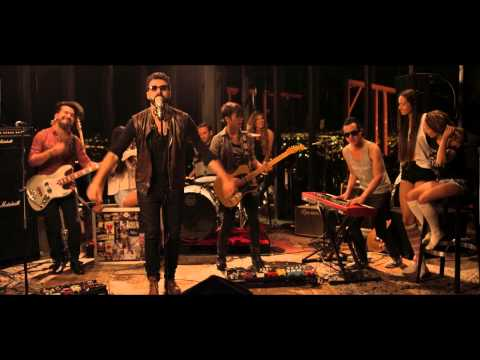 The Mills - Amor Depredador (Versión México) Video Oficial