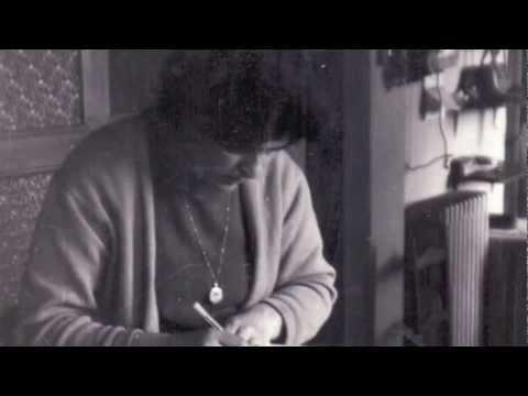 A nana da avoa videoclip do Libro+CD A nena e o grilo nun barqui�o