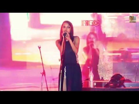 Rohru Jana Meri Aamiye Himachali Song By Barbie Rajput  Live video