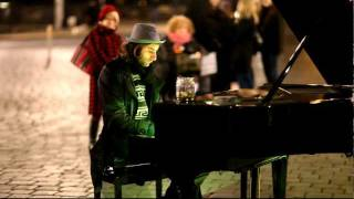 Street musician in Dresden plays the piano
