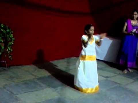 Kon Dete Kon - Dance by Sadhaesa Bhagwat