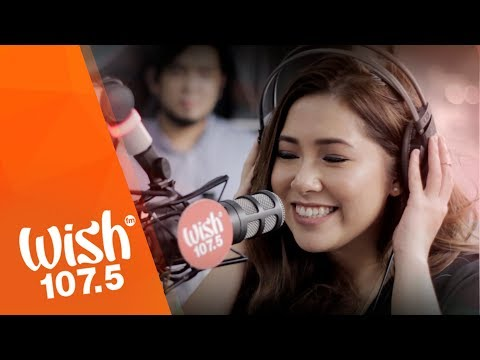 """Moira Dela Torre sings """"We And Us"""" LIVE on Wish 107.5 Bus"""