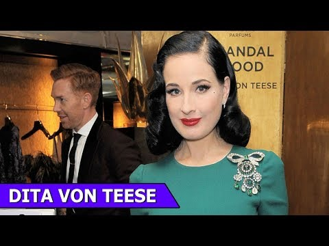 Dita Von Teese | American  Fashion Designer | Fashion Memior | Fashion Funky