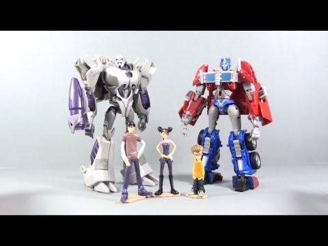 Video Review of the Transformers Prime Optimus VS Megatron; Entertainment pack