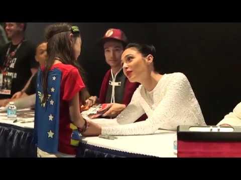 Gal Gadot & young Wonder Woman fan at Comic Con 2017