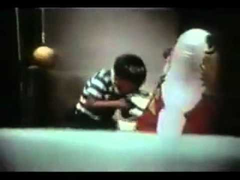 Bandura- Bobo Doll Study (Observational Learning) - YouTube