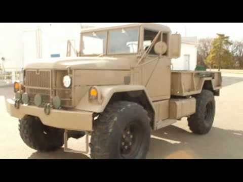 M35A2 Bobbed Deuce And Half 1/2 outside Walk around 1