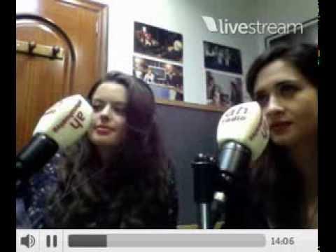 Adriana Torrebejano y Berta Hernández twitcam