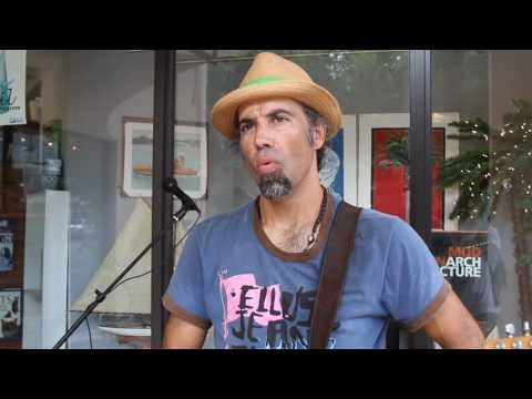 Miami Coconut Grove Singer in Cocowalk