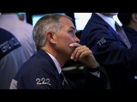 Stock Market Takes a Dramatic Dive klip izle