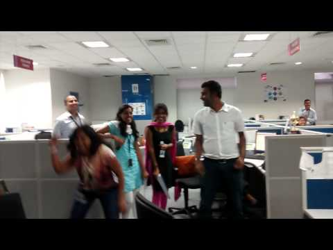 Flash mob @ Tesco HSC - June 2014 - part 2