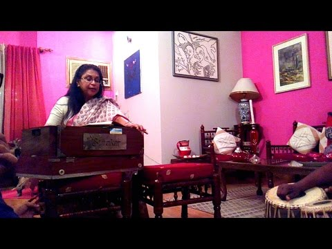 Amader khepiye beray_ bannya di (rehearsal with Surer Dhara's students)