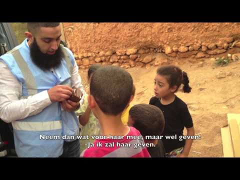 Snoepjes feest voor arme kinderen (Marokko)