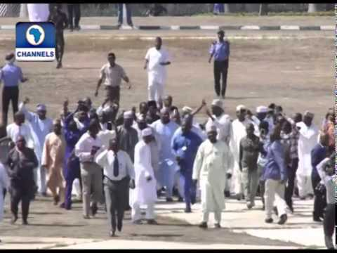 Cheers As Blocked Lawmakers Bundle Tambuwal Into Hallowed Chambers video