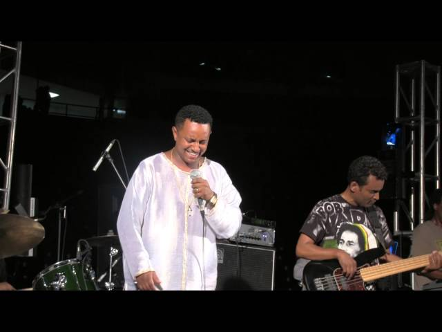 Teddy Afro - Asyo Belema - ESFNA 2013 Closing Night - Live Music