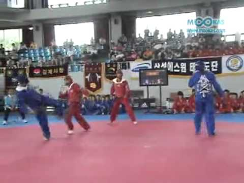 2 vs 2 Taekwondo Olympic Sparring (At the same time)