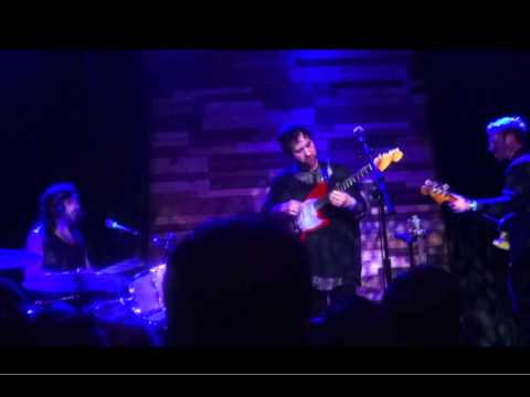 Unknown Mortal Orchestra (UMO) - So Good at Being in Trouble (Live)