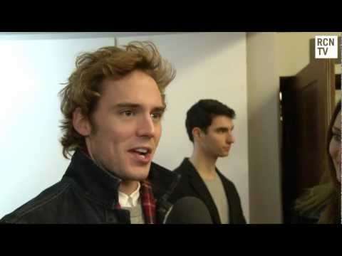 Sam Claflin Interview - Hunger Games & Jennifer Lawrence