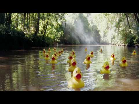 O2 advert - Top Up Surprises (rubber ducks around the world!)