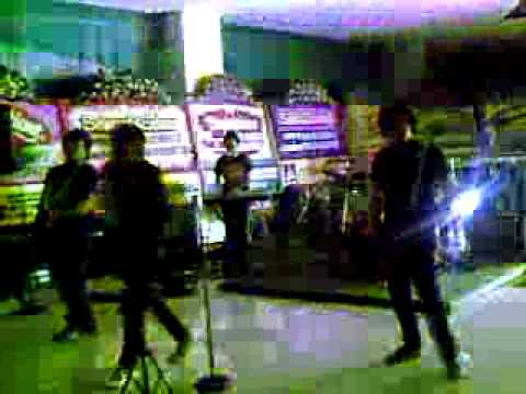 Jaket band perform @KFC, D Mall - Slank medley.mp4