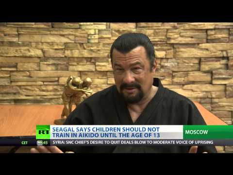 Action star Seagal shares aikido expertise with Russians [HD] Image 1