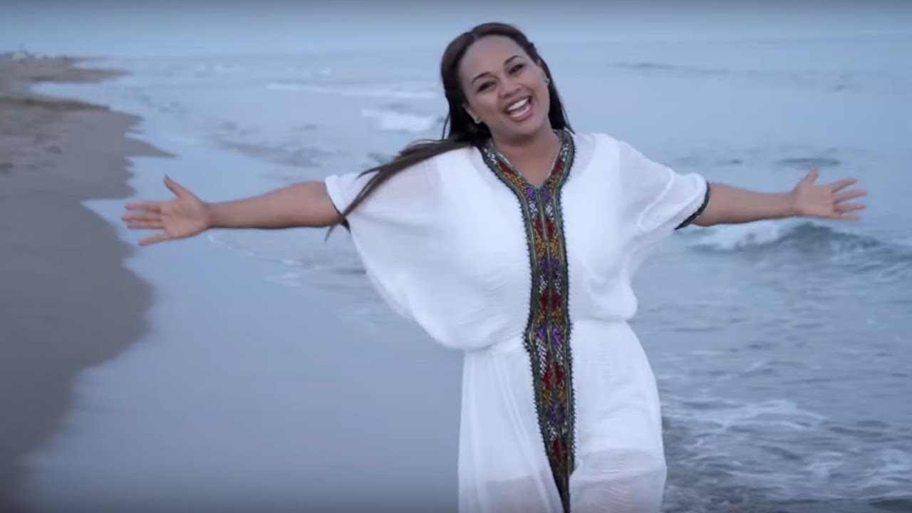 Abby Lakew - Yene Habesha -  Official Music Video) [ Hot  New Ethiopian Music Video 2015]