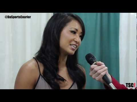 gail kim wardrobe malfunction